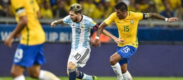 7 mots par lesquels Messi a rendu Paulinho nerveux