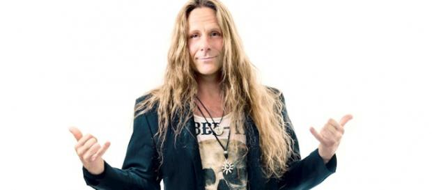 Chris Bay - singer and guitar player of Freedom Call
