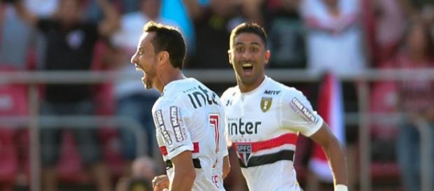 Nenê fez o gol que garantiu o êxito são-paulino. (Foto: Djalma Vassão/Gazeta Press)