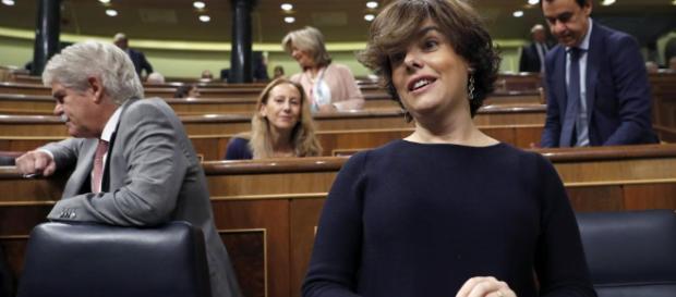 Soraya Saénz de Santamaría nunca es objeto de críticas en La Sexta