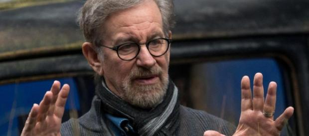 Spielberg Hates That Netflix Movies Are Eligible for Oscars - MovieWeb - movieweb.com