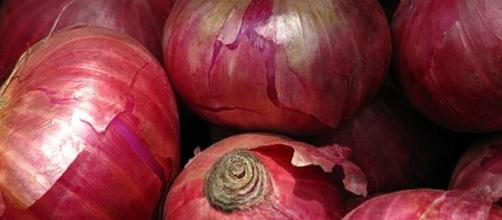 Benefits of onions - Image credit McKay Savage | Wikipedia