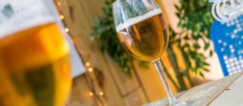 El consumo moderado de alcohol tiene efectos beneficiosos para la salud