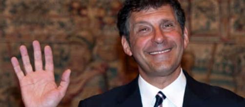 Fabrizio Frizzi, Ayer, martes 27 de marzo, se emitió un nuevo episodio de Isola dei Famosi