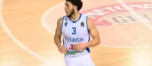 LiAngelo Ball will attempt to be Lavar's second son to reach the NBA [Image via LKL TV / YouTube Screencap]