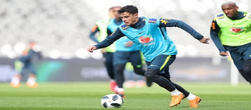 Meia Philippe Coutinho é uma das esperanças do Brasil para a partida contra a Alemanha / Foto: Facebook Oficial CBF
