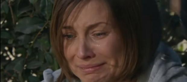 Liliana acredita que Eduardo a traiu