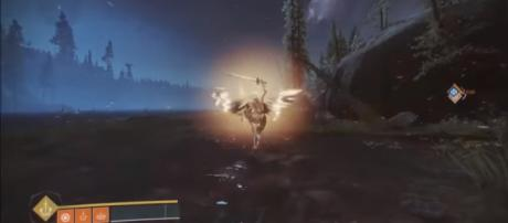 A screenshot of a Dawnblade Warlock in 'Destiny 2' - YouTube/MoreConsole