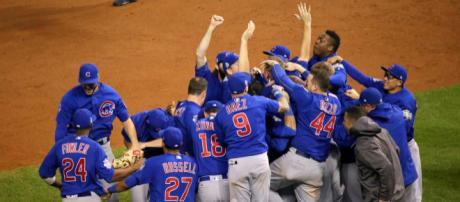The Chicago Cubs celebrating. [Image Credit: Arturo Pardavila III via Flickr]