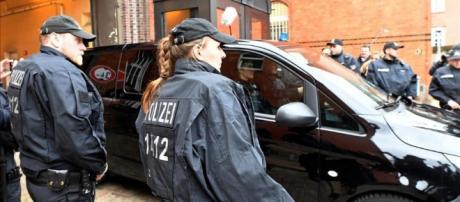 La Policía Nacional investiga a los dos mossos que acompañaban a ... - heraldodiariodesoria.es