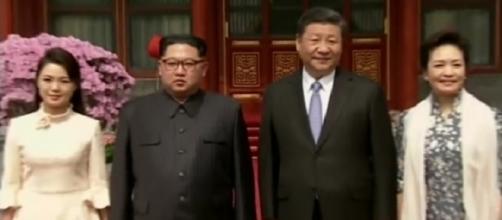 Kim Jong-un, le immagini del suo primo incontro con Xi Jinping