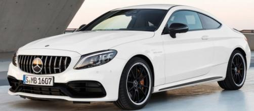 Mercedes-AMG C63: il restyling a New York. foto - panorama-auto.it