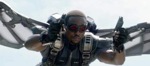 Movie Marks: Will the Falcon se elevará en AVENGERS: AGE OF ULTRON ... - nerdist.com