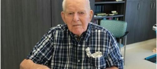 One of the oldest men in Canada reveals his secret to longevity. Image Credit: Sarah Scott / YouTube Screenshot