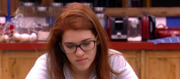 Ana Clara gera polêmica nas redes sociais