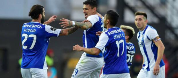El FC Porto no podrá contar con varios jugadores mexicanos debido a lesiones.