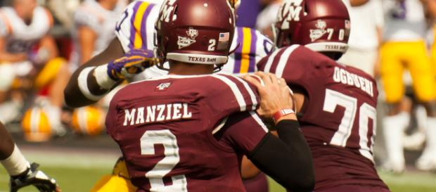 New England Patriots looking at possibly adding Johnny Manziel [Image by Shutterbug459 / Wiki Commons]