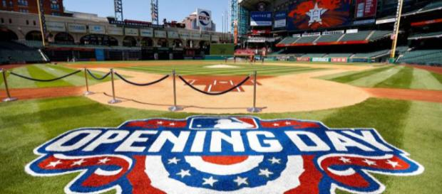 Opening Day 2018 is finally upon us! [Image via HoustonChronicle/YouTube]
