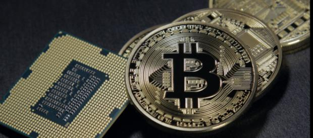 Is it time to diversify away from cryptocurrencies? (Image Credit: /Urbanacademics/Pixabay)