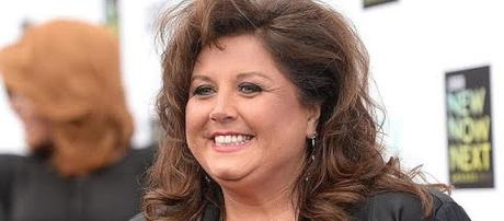 Abby Lee Miller released from federal prison to halfway house [Image: Entertainment Tonight/YouTube screenshot]