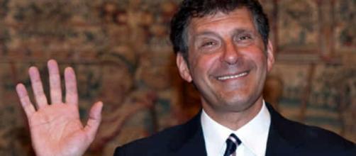 Fabrizio Frizzi SU GRAN DESPEDIDA