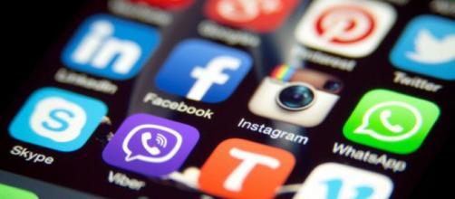 La 'lista negra' de las apps prohibidas en los teléfonos de ... - com.ec