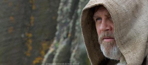Mark Hamill esta preocupado por 'Star Wars'.