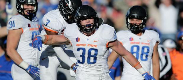 Is Leighton Vander Esch one of the steals of the 2018 NFL Draft? [Image via Cut Up Corner/YouTube]