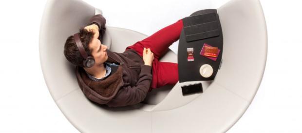 Una silla que te mantiene concentrado en el trabajo.