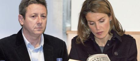 La reina también se casó con su profe: así da sus clases Alonso ... - elespanol.com