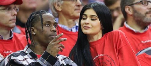 Kylie Jenner com o namorado Travis Scott