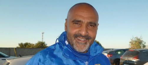 L'allenatore del Lecce, Fabio Liverani.