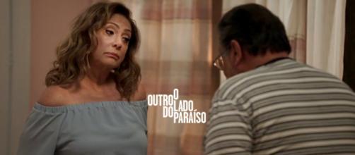 Nádia confronta o marido com uma novidade: ela também tem um amante.
