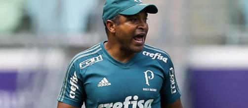 Roger Machado poupará jogadores