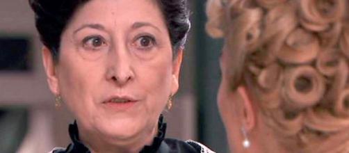 Una Vita, giugno 2018: la terribile richiesta di Ursula a Cayetana