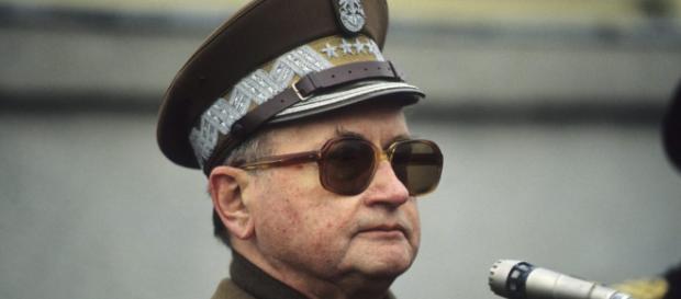 Jaruzelski i Kiszczak zostaną pośmiertnie pozbawieni stopni (fot. kresy.pl)