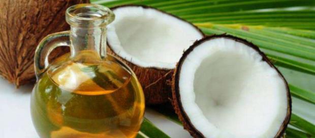 Nuca de cocos, un elixir al naturii.