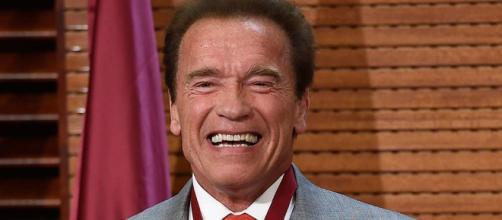 Arnold Schwarzenegger se encuentra estable después de haber pasado por operación de corazón abierto.