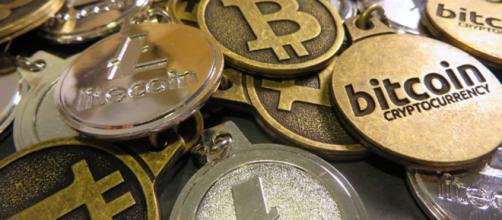 El mercado de las criptomonedas agiliza las operaciones financieras.
