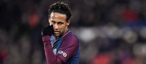 Neymar tem ainda contrato com o PSG