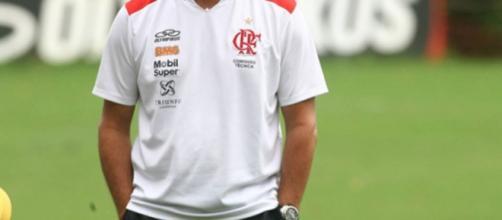 O treinador já comandou o Flamengo, em uma época