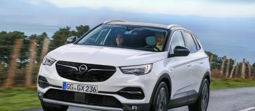 Opel Grandland X Ultimate   ora con il 2L diesel da 177 CV [Video ... - automoto.it