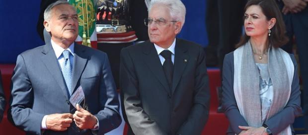 Grasso, Boldrini ed al centro il Presidente Mattarella