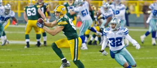 After spending his entire career with the Packers, Jordy Nelson will be a member of the Raiders in 2018. [Image Source: Flickr | Elvis Kennedy]