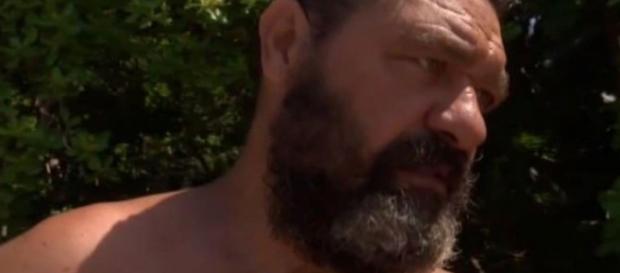 Franco Terlizzi lascia l'Isola dei Famosi