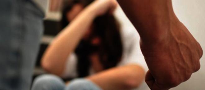 Homem espancou mulher até à morte e avisou o filho da tragédia