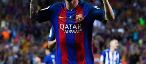 Lionel Messi celebra después de anotar el gol de la victoria