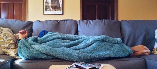 Der wohl dümmste Einbrecher Deutschlands: Während der Tat auf dem Sofa eingeschlafen!