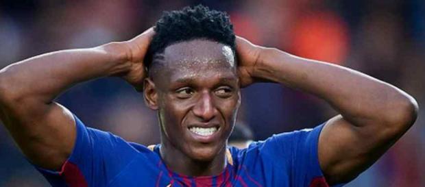 Yerry Mina continua sem grandes oportunidades no Barça