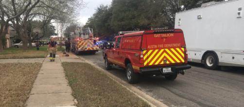 Muere un hombre en Texas después de que un 'dispositivo' extraño explotara frente a su casa en Austin